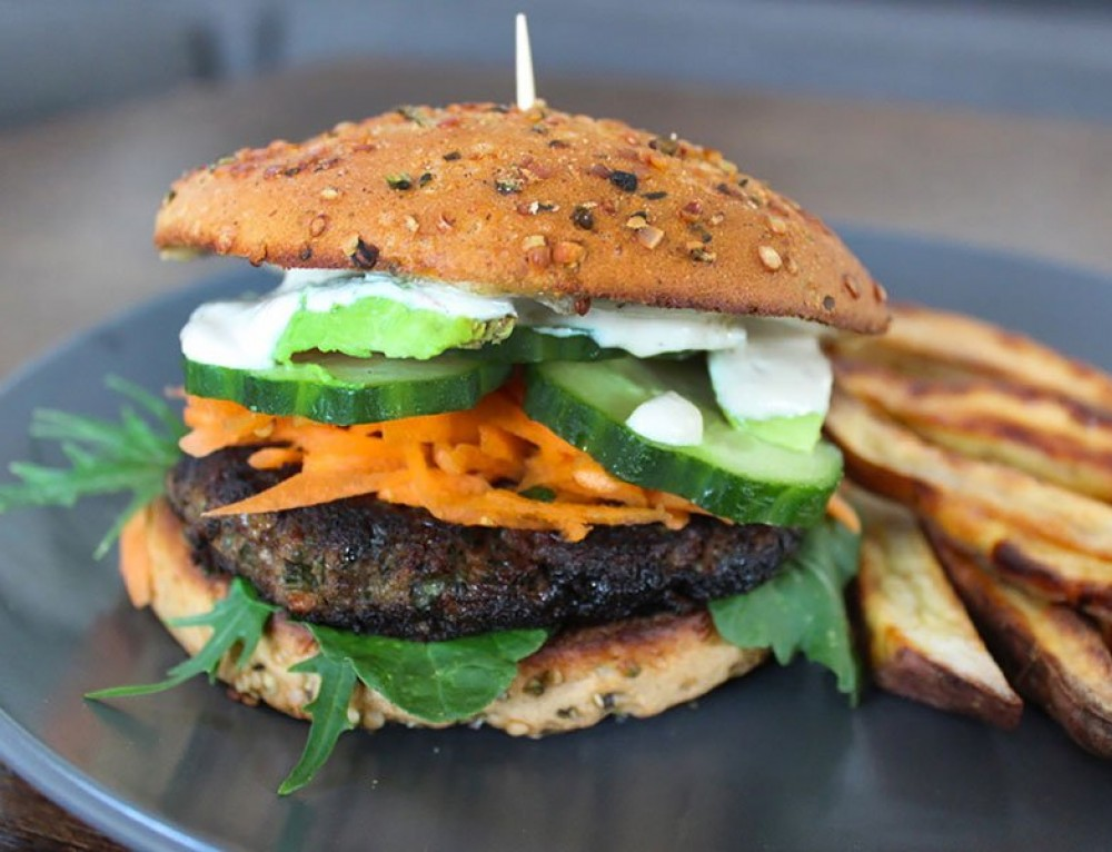 Beef & Mint Burgers w Roasted Vege